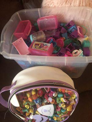 100 shopkins plus basket for Sale in Annandale, VA