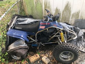 Four wheeler for Sale in St. Petersburg, FL