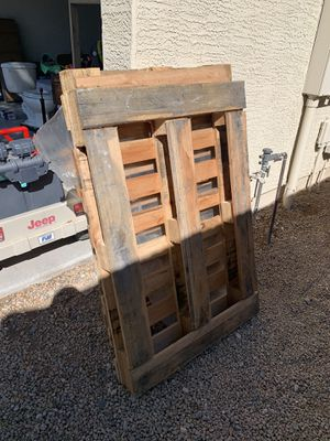 5 pallets FREE for Sale in Glendale, AZ