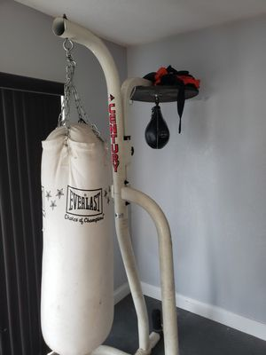 Century stand with punching bag and speed bag for Sale in Homestead, FL