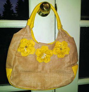 Avon Yellow Flower Purse for Sale in Mountlake Terrace, WA