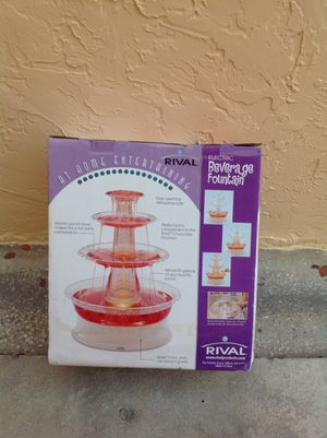 BEVERAGE FOUNTAIN ELECTRIC BRAND NEW NEVER USED for Sale in Miami, FL