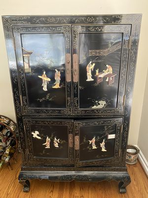 Antique Chinese Armoire Cabinet for Sale in Lakewood, CA