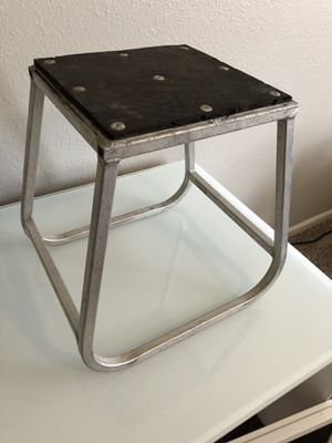 Dirt bike stand for Sale in Brentwood, CA