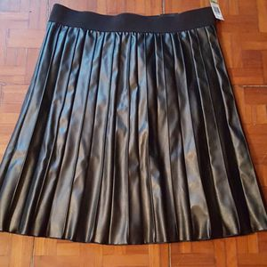 Alfani faux leather skirt size 14 for Sale in Jackson, NJ
