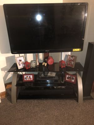 Tv stand for Sale in Mount Oliver, PA