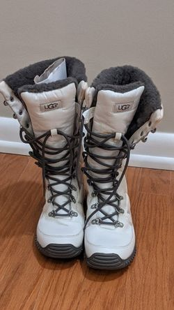 UGGS Women's Snow Boots for Sale in Hightstown,  NJ