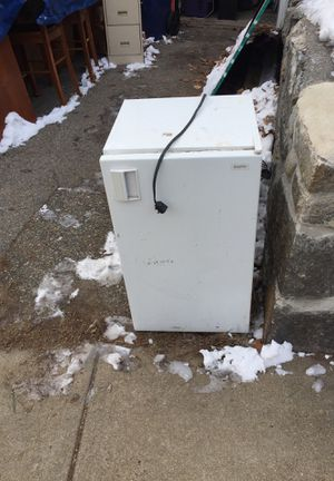 Dorm refridge for Sale in Westwood, MA
