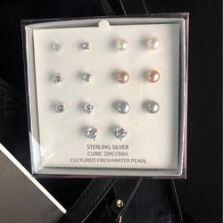 Sterling Silver Earring for Sale in Seattle,  WA
