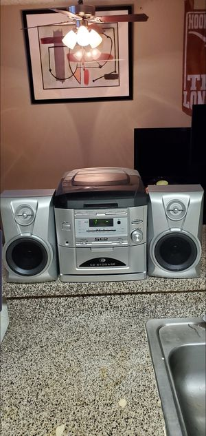 durabrand 5cd home stereo system. for Sale in Fort Worth, TX