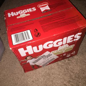 Huggies 52 count size 4 for Sale in Everett, WA