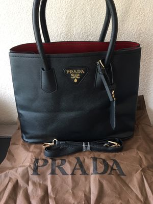 Tote bag for Sale in Hayward, CA