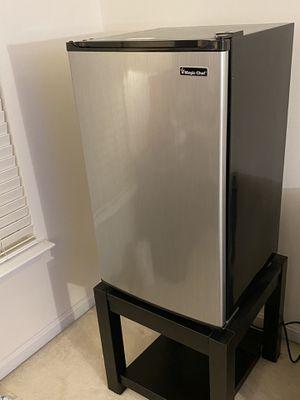 Compact Mini Refrigerator for Sale in Fairfax, VA