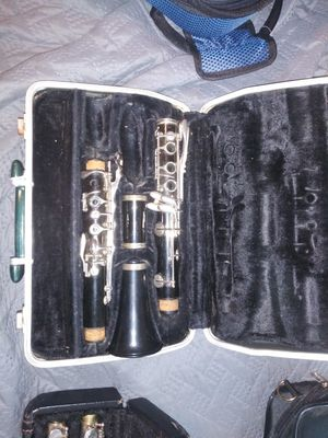 Selmer cl 300 clarinet for Sale in Plainfield, NJ