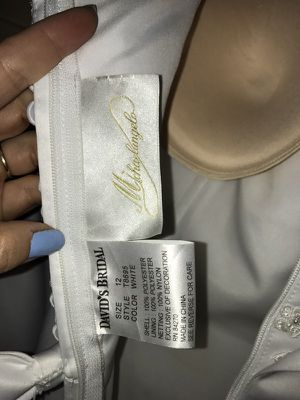 Wedding dress never worn for Sale in Canonsburg, PA