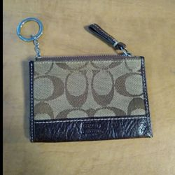 Coach change purse wallet leather keychain for Sale in Huttonsville,  WV