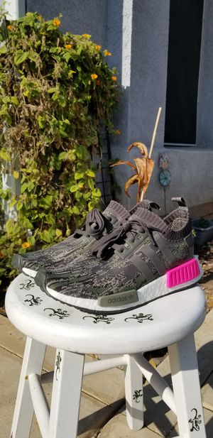 Adidas NMD R1 PK for Sale in Fresno, CA