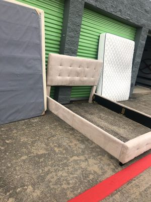 Ikea Queen bedset for Sale in Grand Prairie, TX