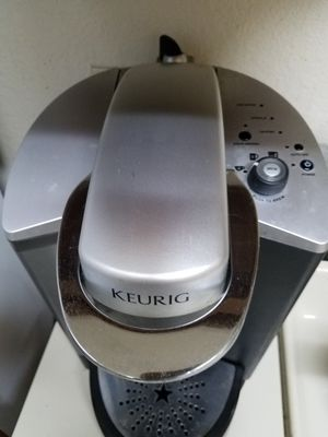 Keurig coffee maker for Sale in Sudley Springs, VA