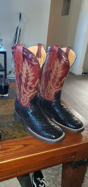 Brand new boots size 9.5 for Sale in Fresno, CA