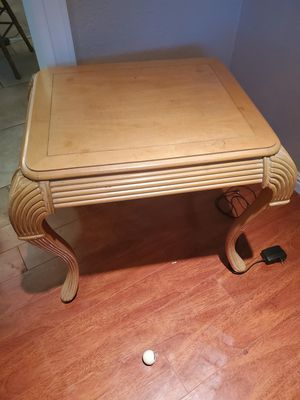"27"" ×23"" antique end table for Sale in San Jose, CA"