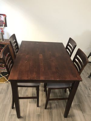 Dinning Table in excellent condition for Sale in McKinney, TX