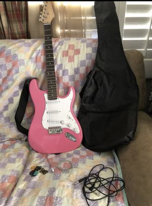 Girls pink electric Guitar for Sale in Las Vegas, NV