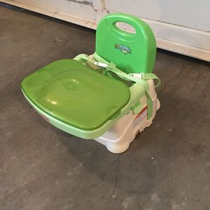 Booster Seat with Tray Cover for Sale in Snohomish, WA