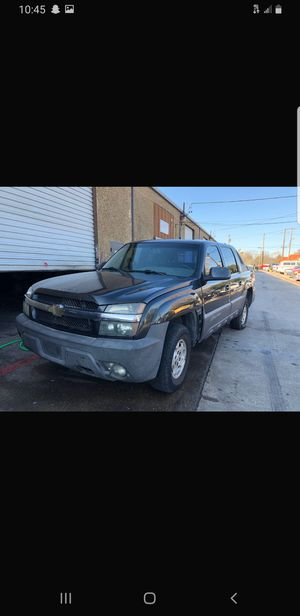04 chevy avalanche for Sale in Duncanville, TX