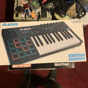 Alesis V125 Keyboard Controller for Sale in Ithaca, NY
