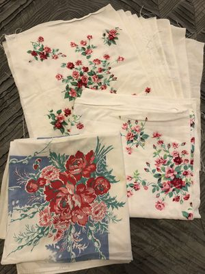 Beautiful Vintage Tablecloth - Cutter Craft Bundle Art Sewing Sew pillow bag antique Roses Pink red blue white retro shabby cottage farmhouse for Sale in Everett, WA
