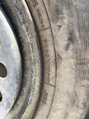 P265/70R17 with rim for Sale in Port St. Lucie, FL