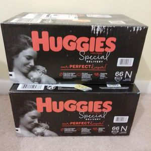 2 Packs Of Huggies Special Delivery Disposable Diapers. 66 Counts. Newborn Sze Up To 10 Ib for Sale in Tucker, GA