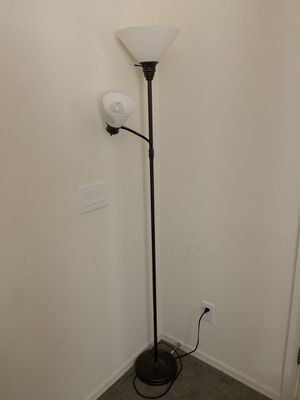 Floor lamp for Sale in Goodyear, AZ