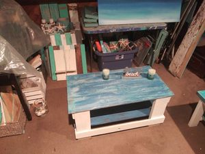 Beach style looking coffee table with bottom shelf for Sale in Clearwater, FL
