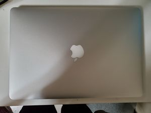 Mid 2015 Macbook Pro Retina Display 16GB Ram i7 core 2.2 for Sale in Mount Hamilton, CA