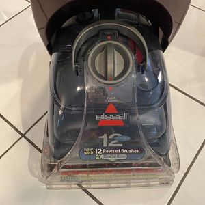 Bissell Carpet Cleaner for Sale in Miami, FL