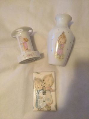 NEW Precious Moments Collectible Vintage 1976 Hallmark Betsey Clark Bath Collection Porcelain Vase, Toothbrush Holder & Light Switch Plaque for Sale in Los Angeles, CA
