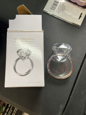 Brand new diamond ring paper weight for Sale in Snohomish, WA