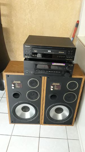 Pioneer house stero system receiver with speakers DVD karaoke bumps for Sale in San Diego, CA