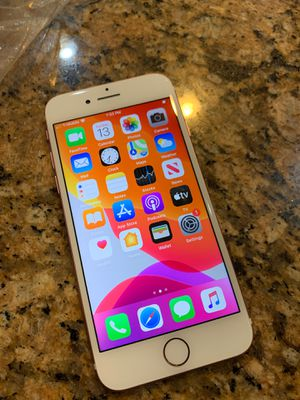 Apple iPhone 7 128gb rose gold unlocked for Sale in Corona, CA