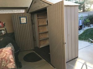 5 x 7 Rubbermaid Tool Shed for Sale in West Sacramento, CA