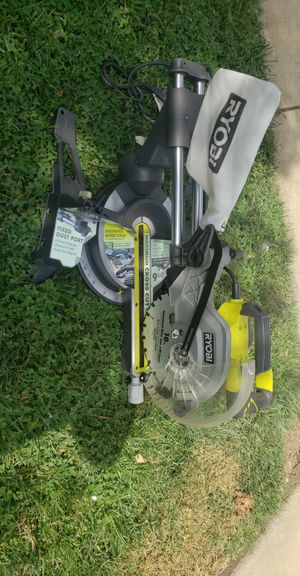 RYOBI 12 1/2 IN MITER SAW WITH LASER for Sale in Patterson, CA