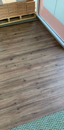 Luxury vinyl flooring!!! Only .88 cents a sq ft!! Liquidation close out! 69W3 for Sale in Houston,  TX