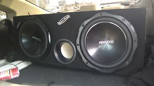 2/ 1200 w kenwoon subs with box for Sale in US