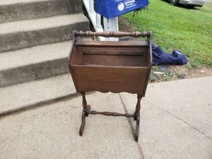 old magazine rack for Sale in Nashville, TN