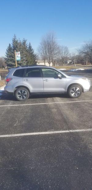 Subaru Forester premium 2017 AWD for Sale in Downers Grove, IL