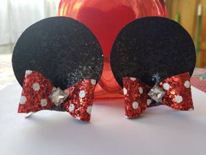 Minnie mouse ears with clip for Sale in Miami, FL
