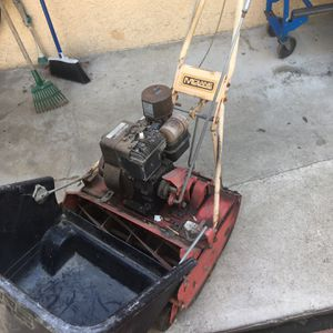 McLane Rear Push Mower for Sale in Cerritos, CA
