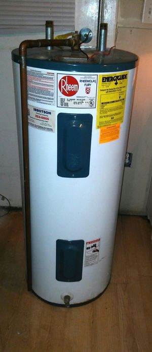 Gas Hot water heater electric gas furnace for Sale in Chicago, IL